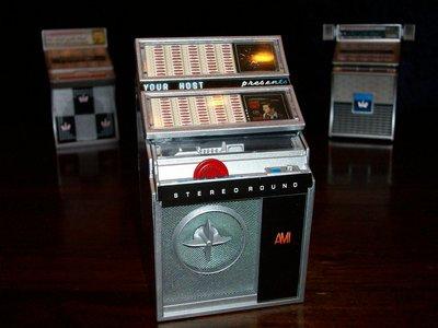 Mini Jukebox   Ami L200 bargadgets.nl verzamelgadgets.nl retrogeschenk.nl